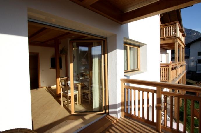 20130523_1745076448_piaz_wohnzimmer_balkon